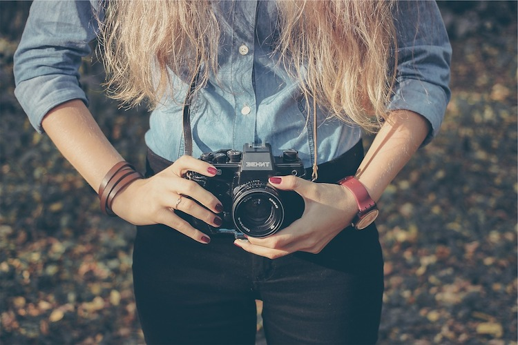 female_photographer